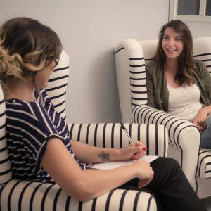 les cartes cadeaux la baignoire. Black Bedroom Furniture Sets. Home Design Ideas