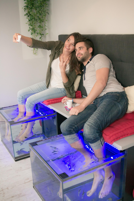 fish spa la s ance de 25mn la baignoire. Black Bedroom Furniture Sets. Home Design Ideas